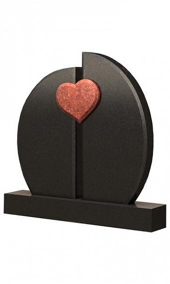 гранитный памятник с красным сердцем